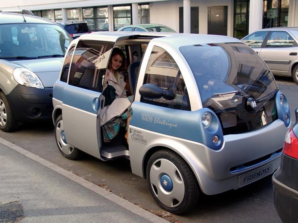 Bien-aimé Friendly : voiture électrique française d'Heuilez - Moteur  YK04