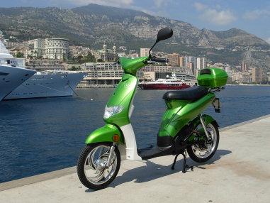 Kosmob : le scooter électrique au design épure