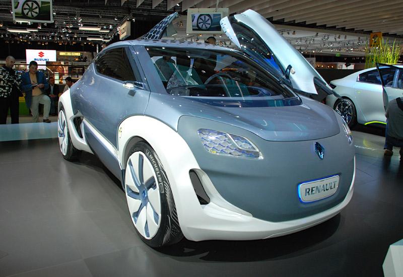 Face avant de la Renault ZOE électrique, avec porte avant ouverte en papillon
